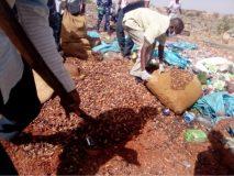 إبادة (2) طن من السلع والكريمات منتهية الصلاحية بجنوب دارفور