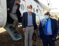 السفير ادريان نور فولك سفير كندا لدى السودان يصل ولاية غرب كردفان
