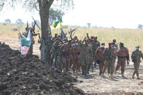 البرهان يؤكد قدرة القوات المسلحة على حماية أرض وأمن السودان