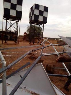 أمطار ورياح شديدة تتلف ألواح الطاقة الشمسية بمشروع مياه الضعين