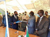 والي وسط دارفور يتسلم اخر مقرات اليوناميد بالولاية
