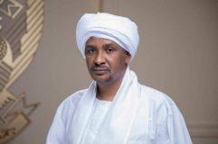 """النائب الأول لرئيس مجلس السيادة يتبرع بمحطتي""""مياه"""" لمحلية عسلاية بشرق دارفور"""